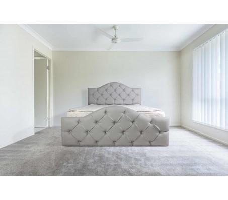 מיטה מעץ מלא מרופדת בדמוי עור , בתוספת קפיטונ'ג - דגם 6005
