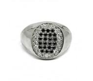 טבעת זהב משובצת יהלומים שחורים ולבנים בצורת אליפסה לגבר