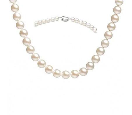 Ожерелье из натурального жемчуга длиной 48 см с застежкой из серебра 925 пробы.