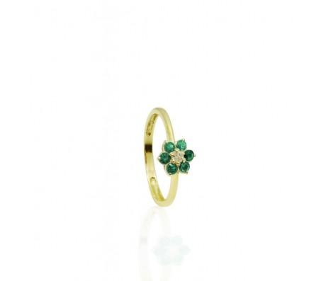 טבעת אמרלדים ויהלום מעוצבת בסגנון פרח